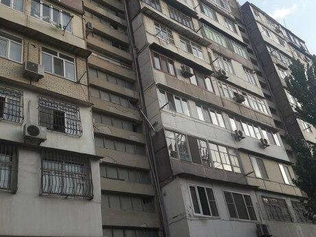 2 otaqlı köhnə tikili - Gənclik m. - 70 m²
