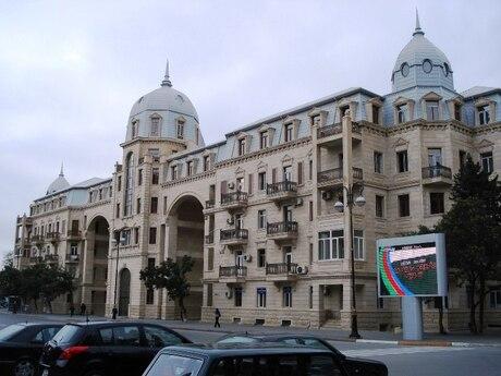 4 otaqlı köhnə tikili - Sahil m. - 120 m²