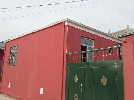 2 otaqlı ev / villa - Binəqədi q. - 70 m²