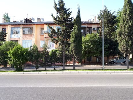2 otaqlı köhnə tikili - Qara Qarayev m. - 58 m²