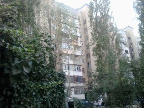 2 otaqlı köhnə tikili - Xalqlar Dostluğu m. - 55 m²