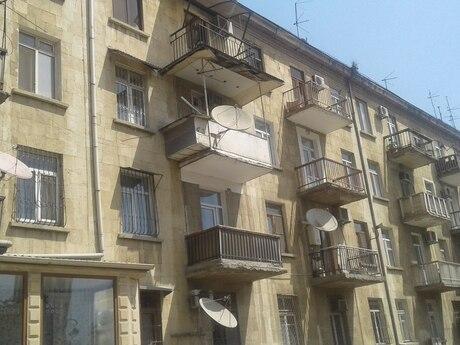 2-комн. вторичка - м. Эльмляр Академиясы - 32 м²
