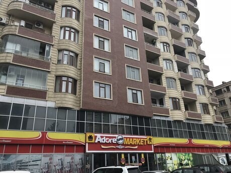 3-комн. новостройка - Насиминский  р. - 101 м²