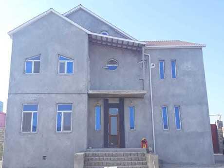 5 otaqlı ev / villa - Hövsan q. - 205 m²
