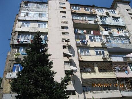 2 otaqlı köhnə tikili - 9-cu mikrorayon q. - 60 m²