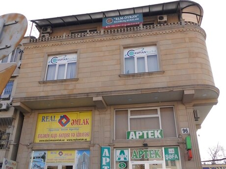 Объект - м. Гянджлик - 82 м²
