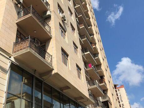 4 otaqlı yeni tikili - Elmlər Akademiyası m. - 175 m²