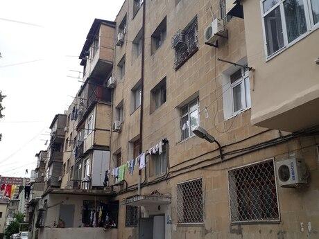 1 otaqlı köhnə tikili - Azadlıq Prospekti m. - 28 m²