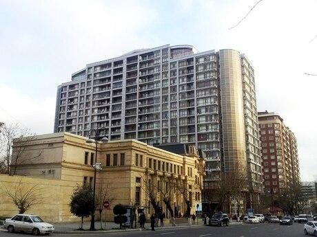 3-комн. новостройка - м. 28 мая - 120 м²