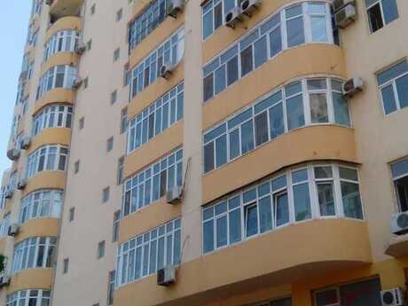 3-комн. новостройка - Насиминский  р. - 147 м²