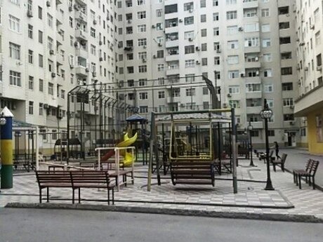 4-комн. новостройка - м. Нефтчиляр - 125 м²