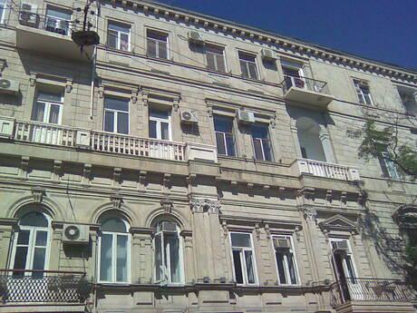 2 otaqlı köhnə tikili - 28 May m. - 75 m²