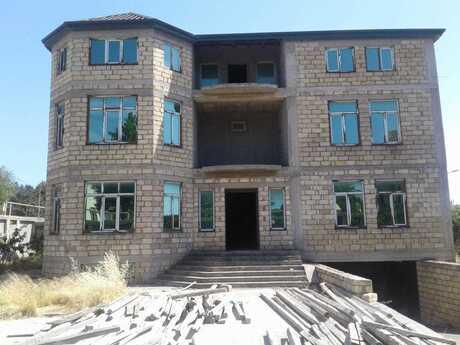 20-комн. дом / вилла - м. Халглар Достлугу - 1500 м²