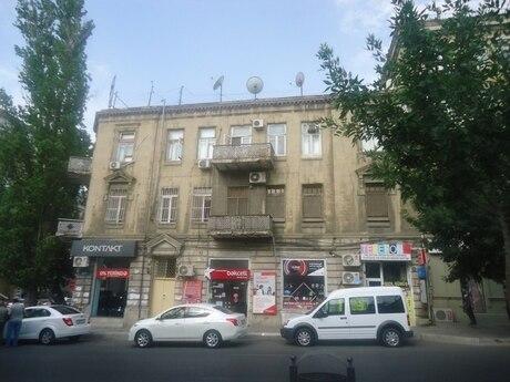 2-комн. вторичка - м. Шах Исмаил Хатаи - 60 м²