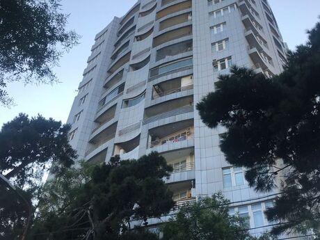 5-комн. новостройка - м. Ичери Шехер - 200 м²