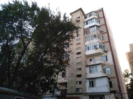 2 otaqlı köhnə tikili - Nəsimi m. - 35 m²