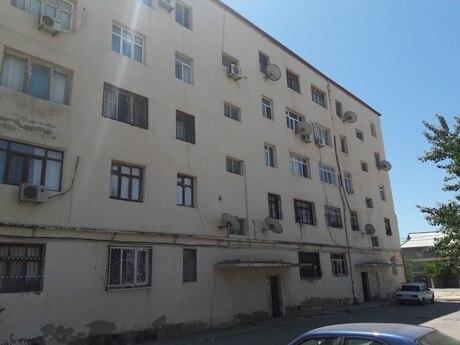 4 otaqlı köhnə tikili - Lökbatan q. - 100 m²