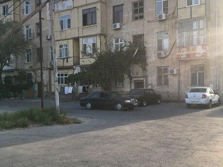 3 otaqlı köhnə tikili - Qaradağ r. - 60 m²