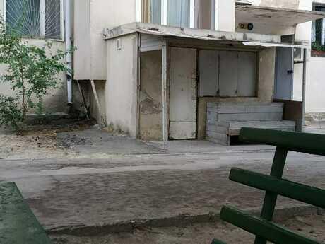 4 otaqlı köhnə tikili - Xalqlar Dostluğu m. - 90 m²