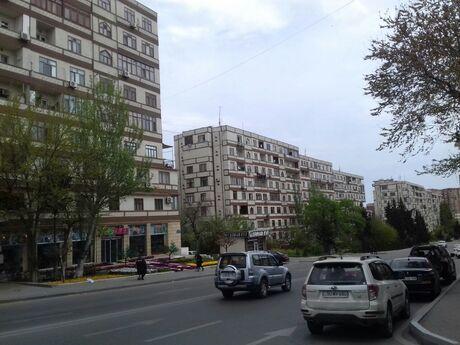 5 otaqlı köhnə tikili - Memar Əcəmi m. - 120 m²