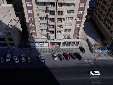 5-комн. новостройка - м. Эльмляр Академиясы - 250 м²