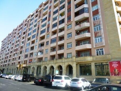 4 otaqlı yeni tikili - Şah İsmayıl Xətai m. - 176 m²