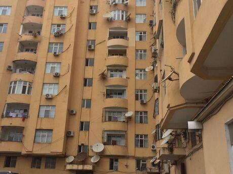 4-комн. новостройка - м. Насими - 144 м²
