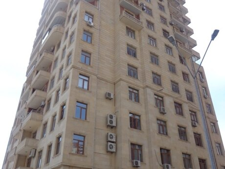 3-комн. новостройка - Ясамальский р. - 106 м²