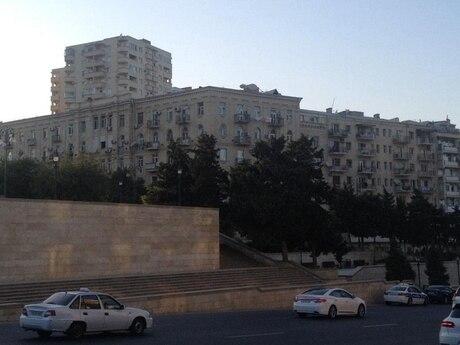 3 otaqlı köhnə tikili - İçəri Şəhər m. - 100 m²