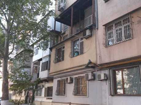4 otaqlı köhnə tikili - Binəqədi r. - 105 m²