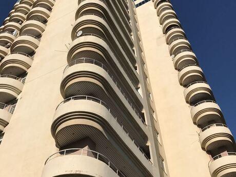 7-комн. новостройка - м. Эльмляр Академиясы - 350 м²