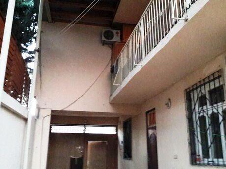 6 otaqlı ev / villa - Badamdar q. - 200 m²