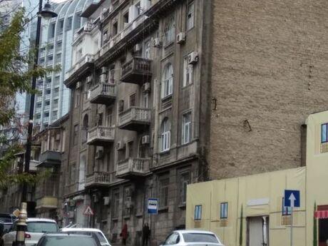 1 otaqlı köhnə tikili - İçəri Şəhər m. - 45 m²