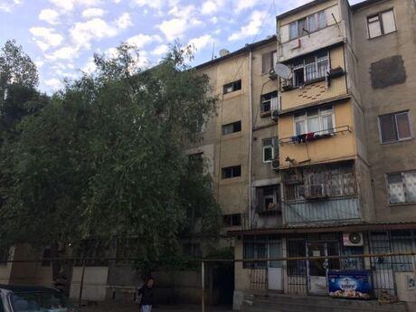 2 otaqlı köhnə tikili - Xalqlar Dostluğu m. - 47 m²