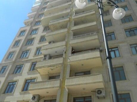 4-комн. новостройка - м. Низами - 240 м²
