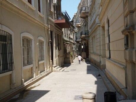 3 otaqlı köhnə tikili - İçəri Şəhər m. - 50 m²