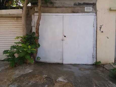 Qaraj - Yasamal r. - 20 m²