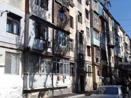 2 otaqlı köhnə tikili - Kubinka q. - 55 m²
