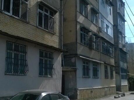 3-комн. вторичка - м. Халглар Достлугу - 90 м²