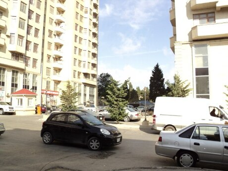 1-комн. новостройка - м. Иншаатчылар - 58 м²