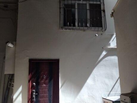 2 otaqlı köhnə tikili - İçəri Şəhər m. - 62 m²