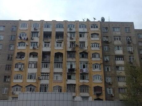 3 otaqlı köhnə tikili - Neftçilər m. - 78 m²