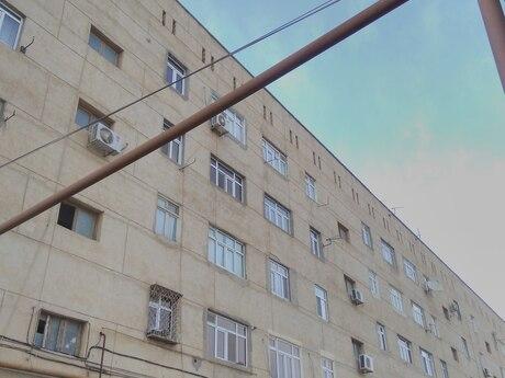 4 otaqlı köhnə tikili - Lökbatan q. - 85 m²