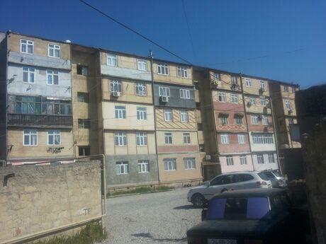 3 otaqlı köhnə tikili - Xəzər r. - 70 m²