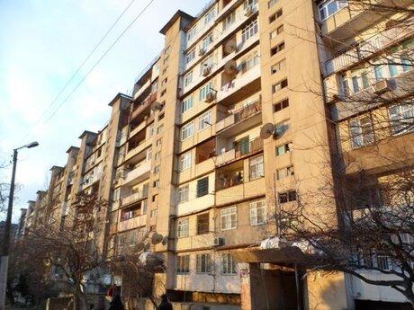 4 otaqlı köhnə tikili - Xalqlar Dostluğu m. - 120 m²
