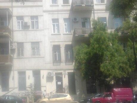 2 otaqlı köhnə tikili - İçəri Şəhər m. - 50 m²