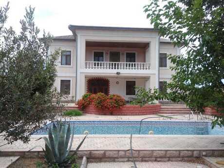 Bağ - Şüvəlan q. - 300 m²