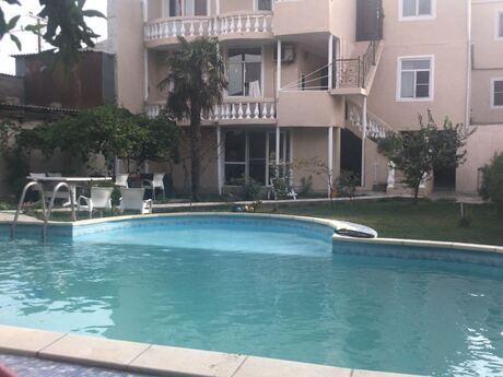 9 otaqlı ev / villa - Nizami r. - 450 m²