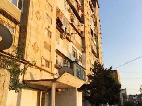 3 otaqlı köhnə tikili - Neftçilər m. - 85 m²