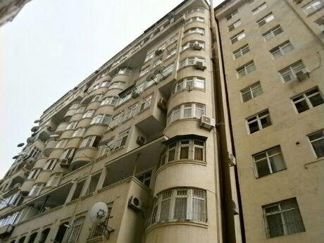 6-комн. новостройка - м. Иншаатчылар - 250 м²